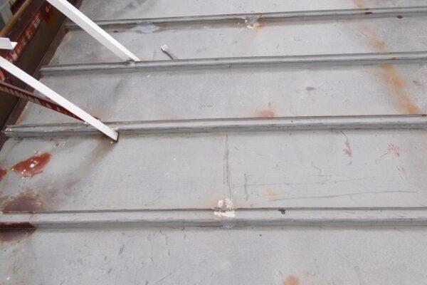 山梨県南巨摩郡 SS岡崎店様 屋根塗膜防水工事