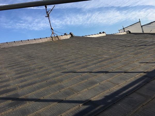 山梨県都留市 屋根葺き替え工事 雨漏りスピード補修 スレート屋根