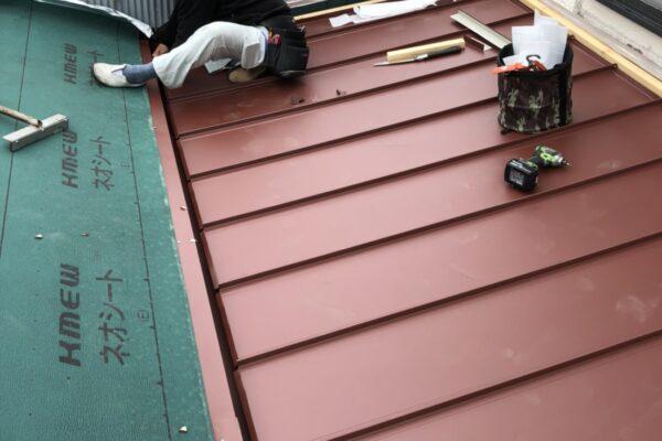 山梨県笛吹市 屋根工事 屋根カバー工法 重ね葺き工事 ガルバリウム鋼板