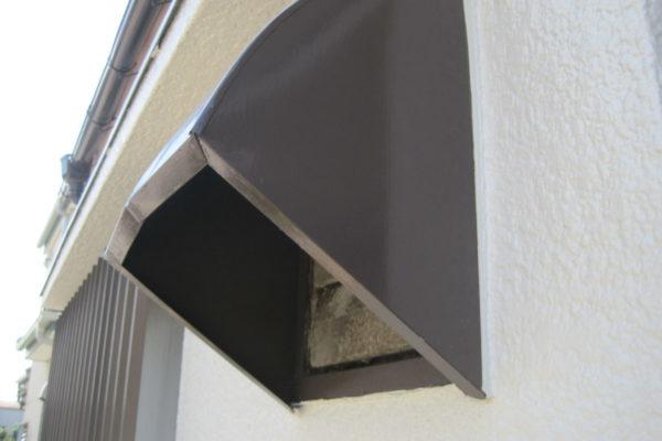 山梨県甲斐市 外壁塗装 ひび割れ補修 無料診断 雨水しみ込み